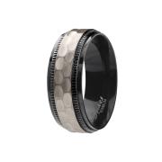 Ring schwarz gehämmert